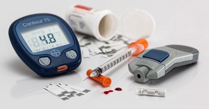 血糖測試機與胰島素